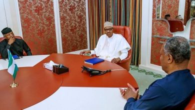 Photo of Breaking News: Nigeria Boycotts WEF As Buhari, Osinbajo Meet Over Xenophobic Attacks
