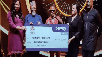 Photo of BBNaija 2020: Laycon Receives N30M, Car, House Keys