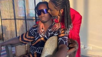 Photo of Fan Mocks Temi Otedola, Reveals Why Mr. Eazi Can Never Marry Her