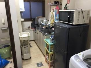 ワンルームのキッチン(作業前)