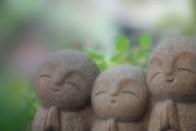 和やかな優しい表情のお顔 仏像