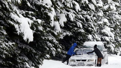 Deadly Winter Storm Strands Drivers, Cuts Power to Thousands in Southeast US