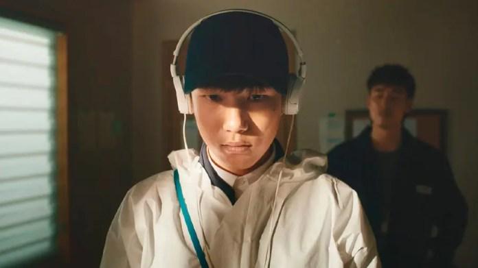 La serie está protagonizada por Tang Joon-sang