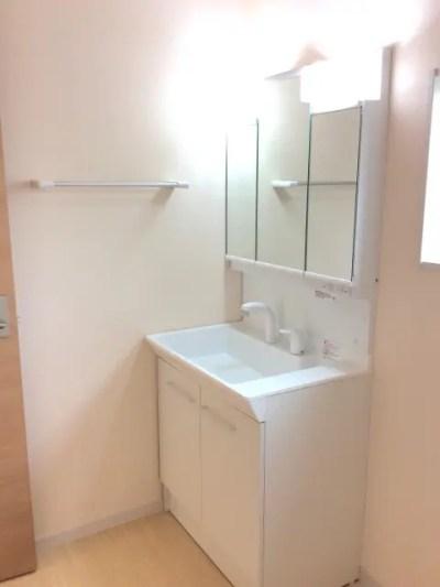 同施工同間取の洗面所