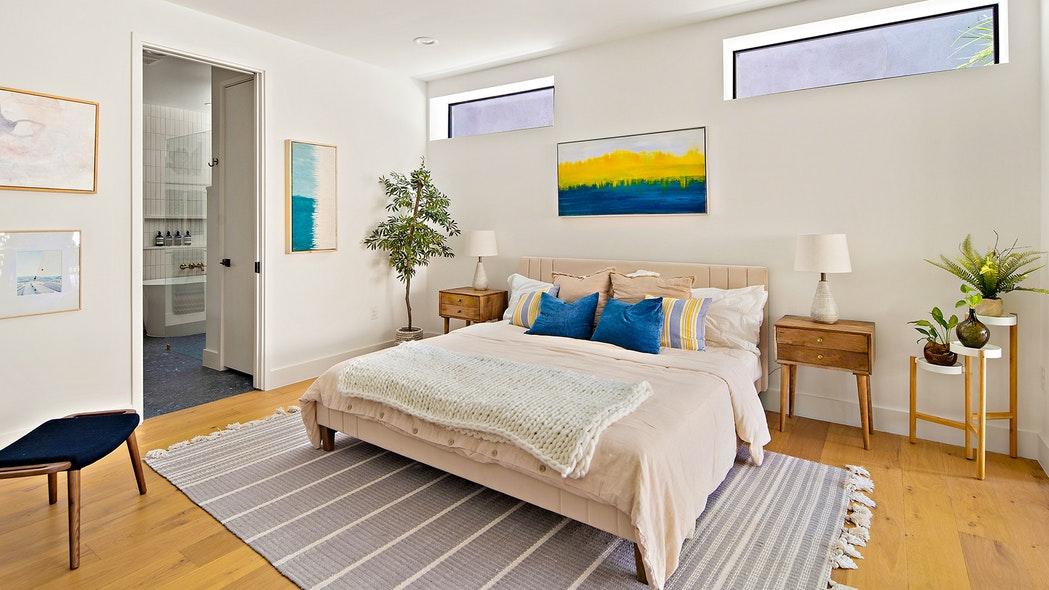 WIN A DREAM HOUSE IN AUSTIN