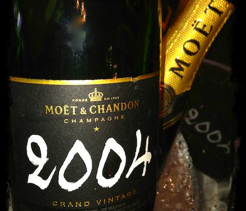 Bubbles_Moet_Grand_Vintage_2004