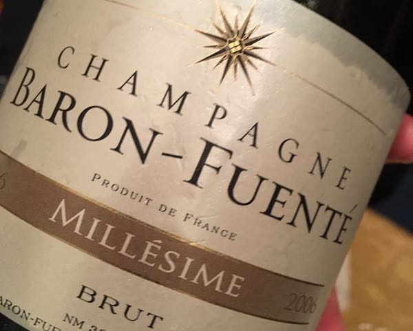 bubbles-champagne-baron-fuente