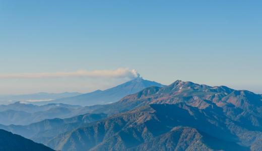 2014年の御嶽山噴火。奥穂高岳より確認できました。