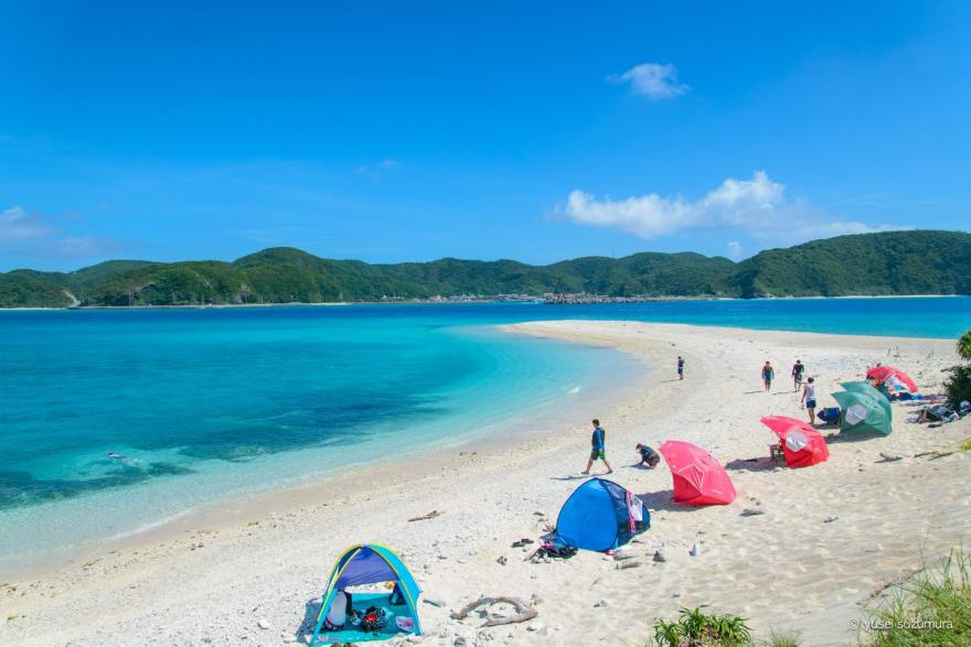 安慶名敷島の全景