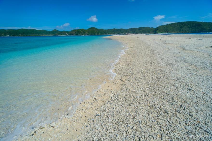 安慶名敷島のビーチ