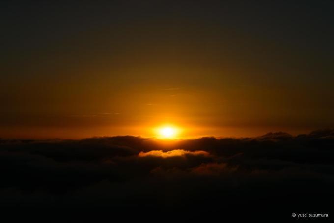穂高岳山荘から見る夕暮れ