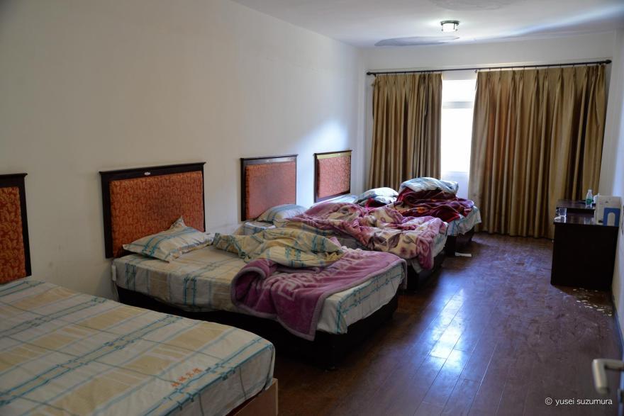 ラルンガルゴンパ ホテル 喇栄賓館 4人部屋