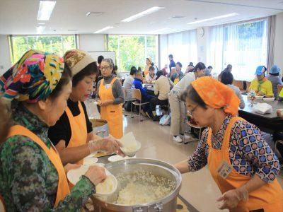 地域のお母さんたちによる福まち食堂