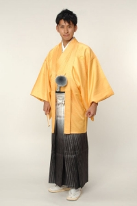 イエロー紋付袴