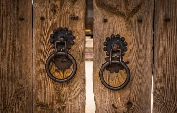knocker-opening