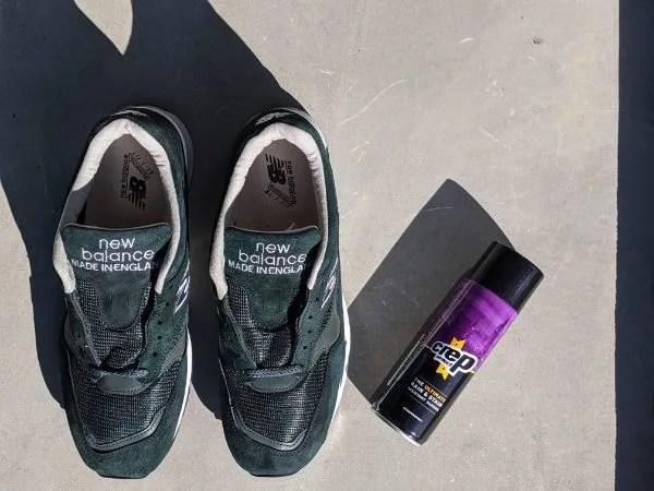 UKメイドの名品番【ニューバランスM1500・レビュー】サイズ感や履き心地を元靴屋が紹介・M1500+防水スプレー画像