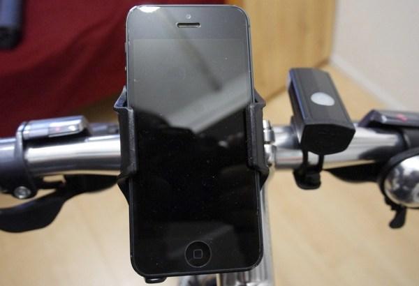 [凹] ロードバイクにスマホを固定!MINOURAの「IH-400Phone Grip」ならiPhoneが走行中に外れない!