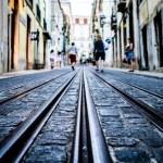 [新卒向け] 正しいレールの踏み外し方 〜大企業への就職か、起業か