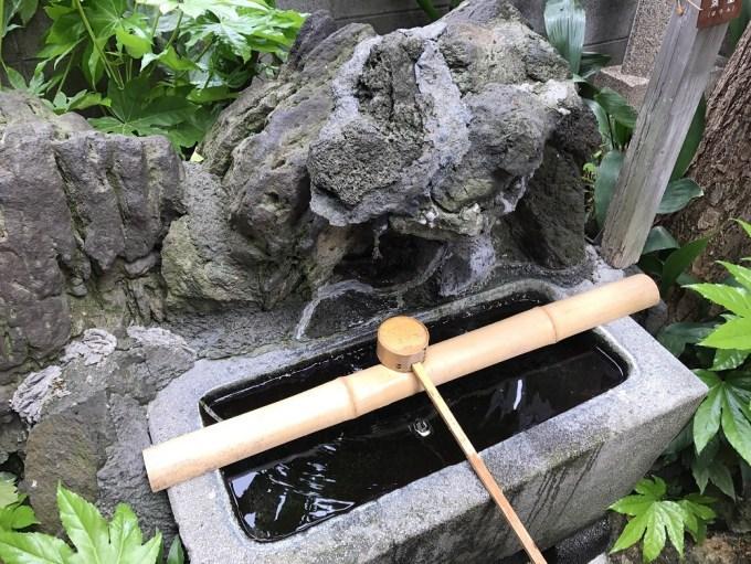 三光稲荷神社手水舎