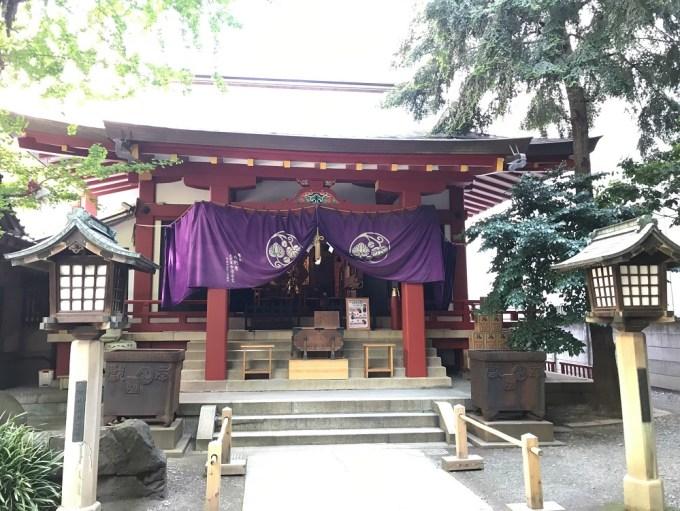 摂社日枝神社拝殿
