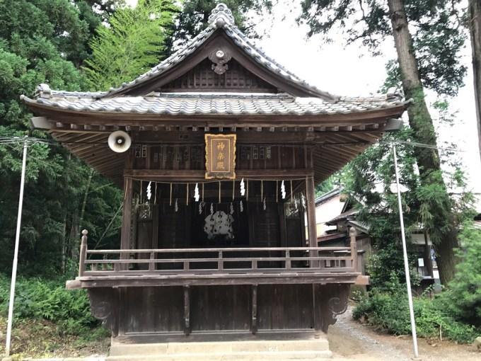 安房神社神楽殿