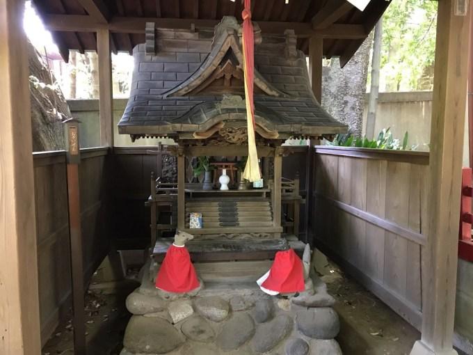 赤坂氷川神社山口稲荷お社