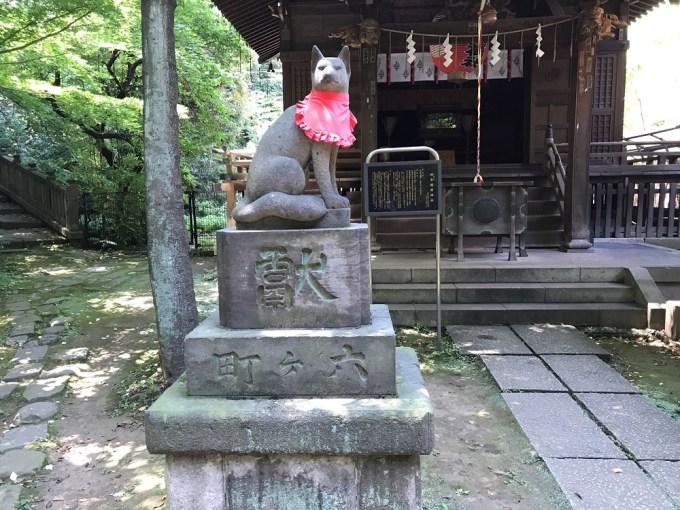 赤坂氷川神社四合神社狛狐左