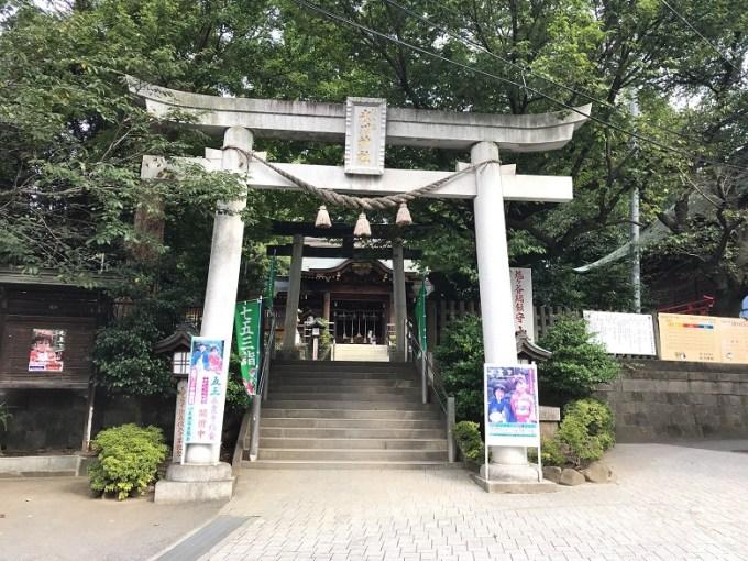 鳩ヶ谷氷川神社二の鳥居