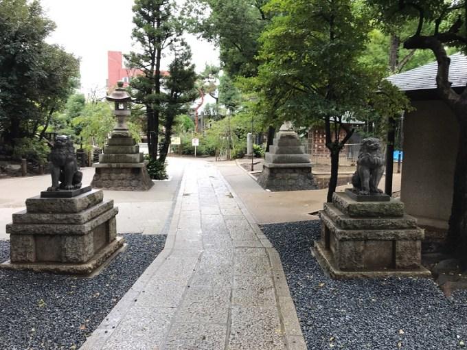 鳩森八幡神社裏参道