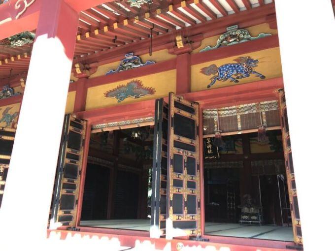 浅草神社拝殿内