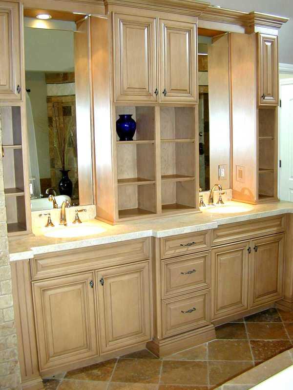 Custom Bathroom Vanity Cabinets