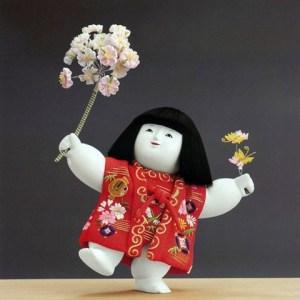 十二世久重作 木彫御所人形「桜子」