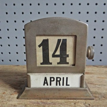 Vintage 1920s perpetual desk calendar