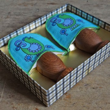 Egg cosy set