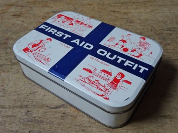 Vintage first aid outfit | H is for Home