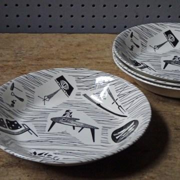 Vintage Ridgway Homemaker cereal bowls   H is for Home