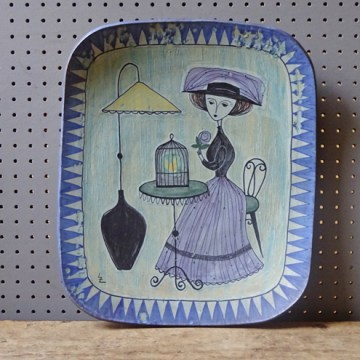 Vintage Laila Zink charger | H is for Home