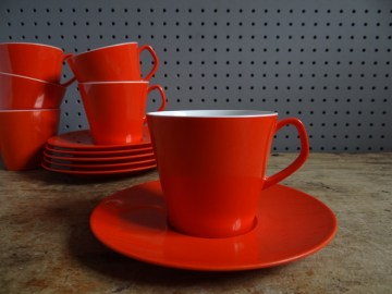 Red melamine cups & saucers