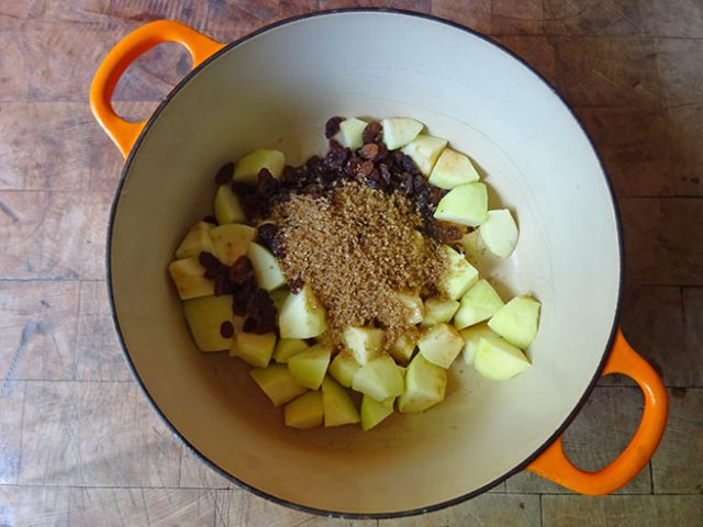 Chopped apples, demerara sugar and sultanas in a saucepan | H is for Home