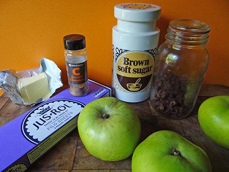 Apple & sultana strudel ingredients