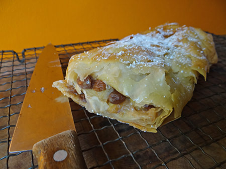 Cooked apple & sultana strudel