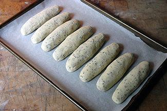 Daktyla dough batons