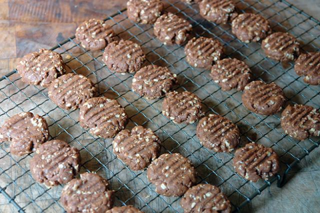 Gypsy creams biscuits cooling on a wire rack | H is for Home