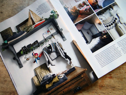 Shelf and coat rack in the 'Seasonal Simplicity' magazine article
