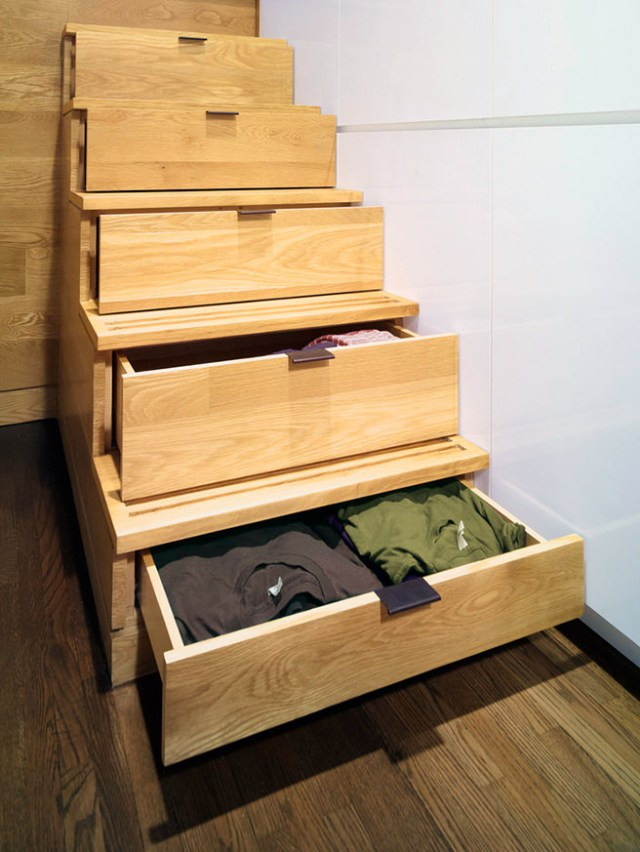 Storage drawers incorporated into stairs