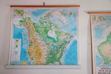 large vintage school wall map of the USA