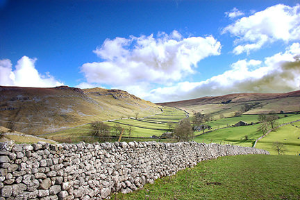 Dry stone wall in Malham