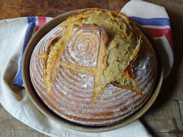 Home-made 24-hour sourdough loaf | H is for Home #baking #sourdough #sourdoughbread #realbread #recipe