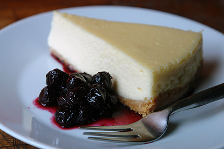 Home-made baked vanilla cheesecake with blueberry compote | H is for Home