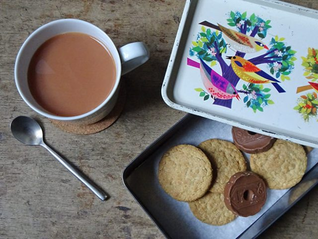 Vintage Cadburys Bournville birds tin with tea and biscuits | H is for Home